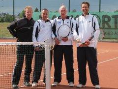 071_tennis.jpg